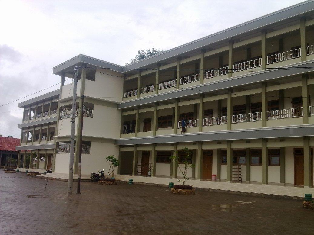 Ruang Kelas Madrasah Aliyah (MA)