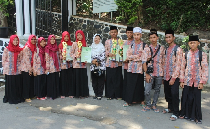 Empat Santri Balekambang Raih Juara POSPEDA VII di Jawa Tengah