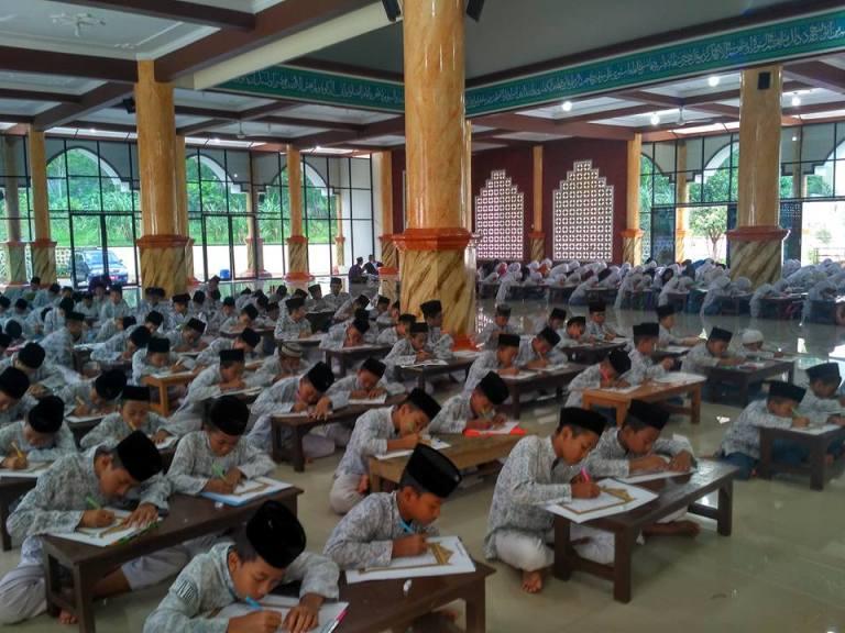 Penulisan Mushaf Al-Qur'an 30 Juz, Budayakan Santri Untuk Menulis